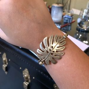 LUCKY BRAND- antique bronze palm leave bracelet